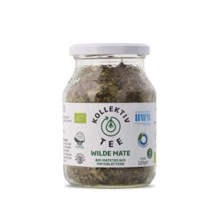 Bio Tee Wilde Mate, CO2 Neutral produziert, freigestellt auf weißem Hintergrund im Mehrwegglas