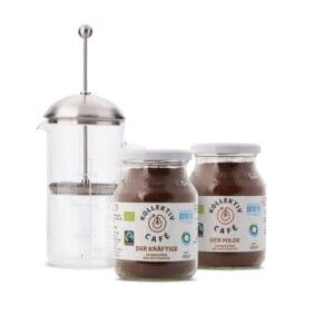 Fairtrade Bio Kaffee der Milde und der Kräftige im Mehrwegglass, mit French Press und silbernem Deckel.