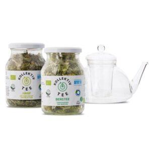 Links Bio Tee Hanf, mittig Bergtee CO2 Neutral produziert, freigestellt im Mehrwegglas. Rechts Teekanne aus Glas.